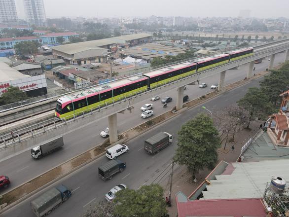 Chạy thử đoàn tàu đầu tiên của tuyến metro Nhổn - ga Hà Nội - Ảnh 2.
