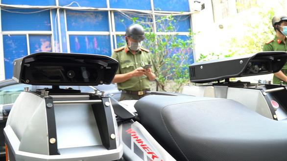 Lực lượng 363 được trang bị xe xịn, truy xuất ngay thông tin xe cộ trên đường - Ảnh 3.