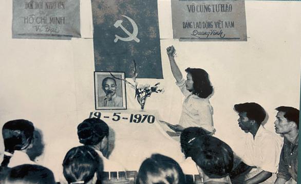 Trưng bày Chủ tịch Hồ Chí Minh - người sáng lập, lãnh đạo và rèn luyện Đảng... - Ảnh 3.