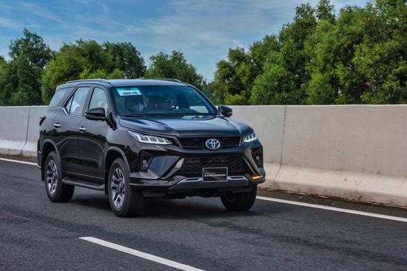 Cuộc chuyển mình ngoạn mục nhất lịch sử của Toyota Việt Nam trong năm 2020 - Ảnh 2.
