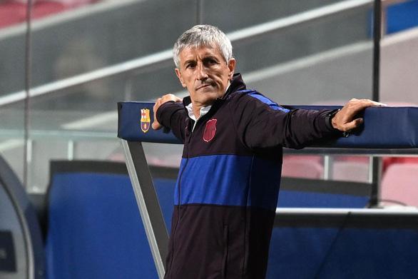HLV Quique Setien kiện Barca vì quỵt tiền đền hợp đồng - Ảnh 1.