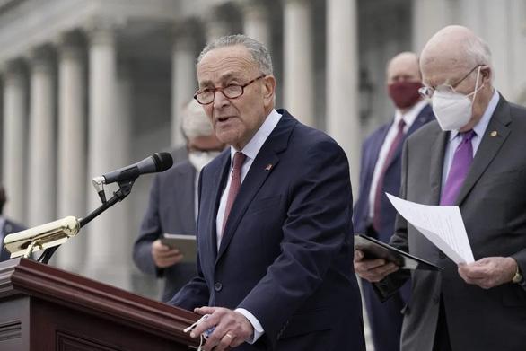Lãnh đạo phe đa số thượng viện đồng ý lùi thêm hai tuần phiên xử ông Trump - Ảnh 1.