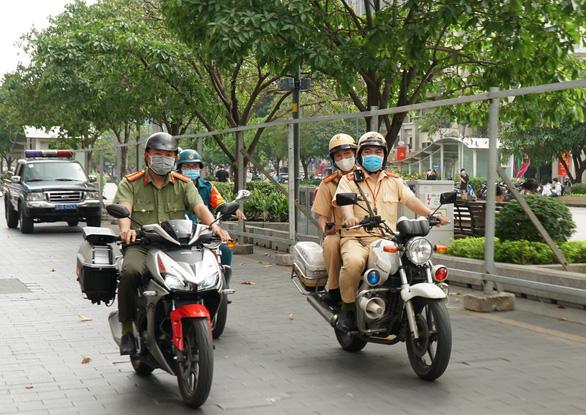 Lực lượng 363 được trang bị xe xịn, truy xuất ngay thông tin xe cộ trên đường - Ảnh 2.
