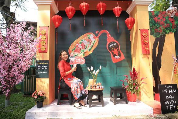 Góc sống ảo thần thánh cho giới trẻ tại Lễ Hội Tết Việt 2021 - Ảnh 2.