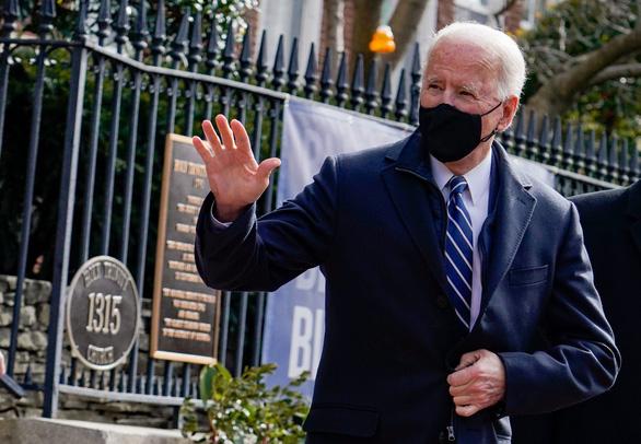 Ông Biden điện đàm với Tổng thống Pháp - Ảnh 1.