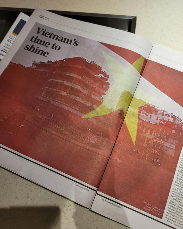 یک روزنامه هنگ کنگی کل صفحه پرچم ویتنام را چاپ می کند ، 6 صفحه را برای نوشتن سیزدهمین کنگره حزب صرف می کند - عکس 2.