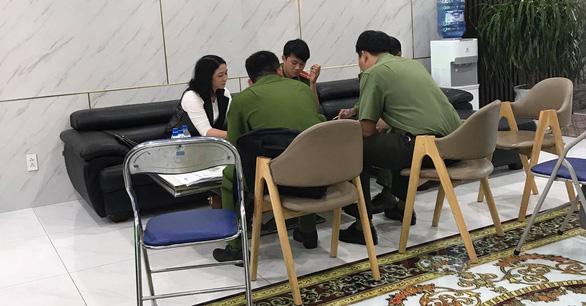 Nghi ngờ nhà báo dỏm đến xin đểu, doanh nghiệp báo công an - Ảnh 1.