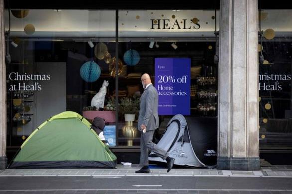 COVID-19: Người giàu cần 9 tháng lấy lại tài sản, người nghèo mất 10 năm - Ảnh 1.
