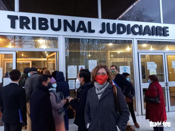 Phiên tòa đòi công lý của bà Trần Tố Nga đã bắt đầu tại Pháp - Ảnh 3.