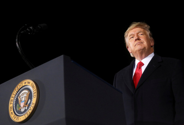 آقای ترامپ دفتر رئیس جمهور سابق را در مرحله مقدماتی استیضاح افتتاح می کند - عکس 1.