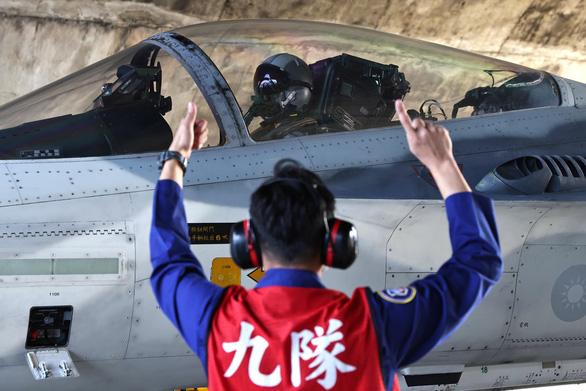 Đài Loan tập trận chiến tranh với tên lửa hành trình có thể bắn tới Trung Quốc - Ảnh 2.