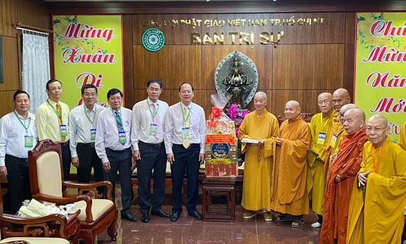 Lãnh đạo TP.HCM chúc tết Ban trị sự Giáo hội Phật giáo Việt Nam TP.HCM - Ảnh 1.