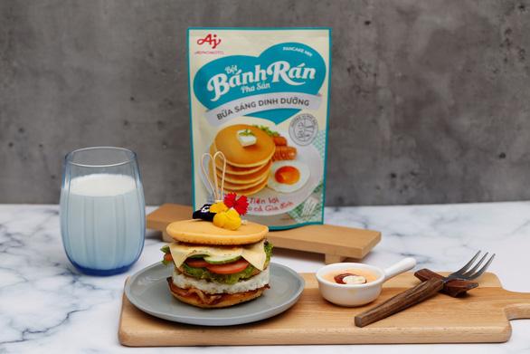 Tự làm bữa sáng dinh dưỡng tiện lợi với bột bánh rán pha sẵn - Ảnh 2.