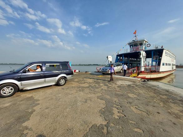 Phà Rạch Miễu chính thức hoạt động, chia lửa với cầu Rạch Miễu - Ảnh 2.