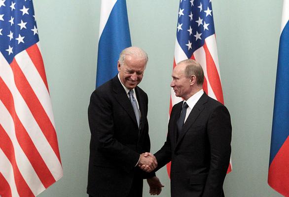 Tổng thống Nga Putin ca ngợi việc gia hạn hiệp ước hạt nhân với Mỹ - Ảnh 1.