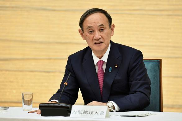 Thủ tướng Suga xin lỗi vì nghị sĩ đi câu lạc bộ đêm giữa lúc cả nước cùng chống dịch - Ảnh 1.
