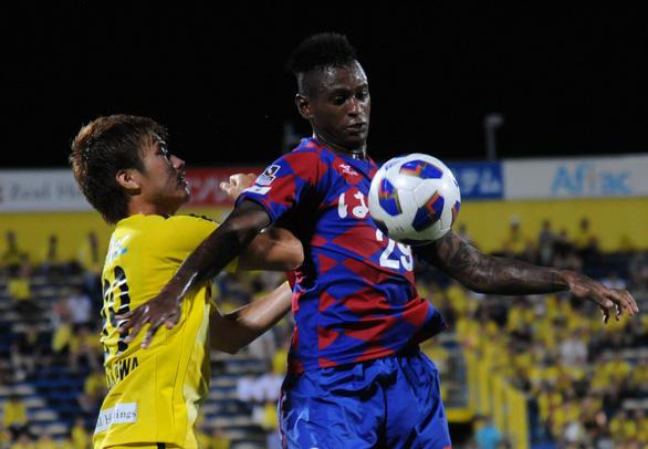 Bỏ trung vệ ngoại, Câu lạc bộ TP.HCM sẽ chơi luôn ba tiền đạo Brazil ở V-League 2021 - Ảnh 2.