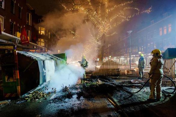 جدی ترین شورشهای هلند در 40 سال گذشته - عکس 4.
