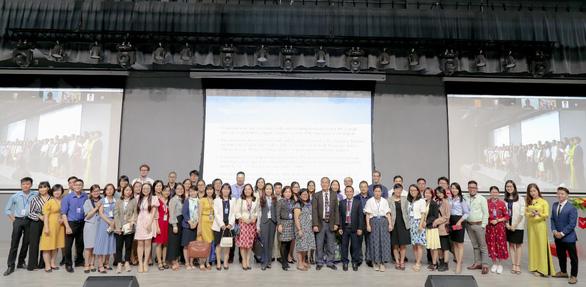 Đại học Văn Lang đăng cai tổ chức hội thảo khoa học quốc tế Asiacall 2021 - Ảnh 3.
