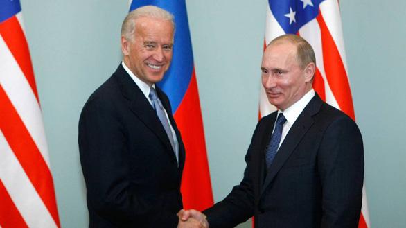 برخلاف ترامپ ، بایدن موافقت می کند کنترل تسلیحات هسته ای با روسیه را گسترش دهد - عکس 1.