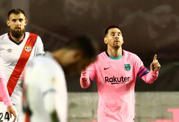 Điểm tin sáng 28-1: Messi đưa Barca vào tứ kết Cúp Nhà vua - Ảnh 1.