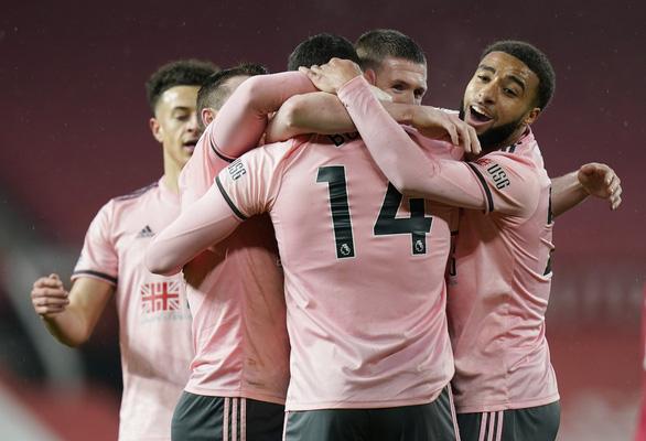Sốc: Man Utd bị đội cuối bảng Sheffield hạ đo ván tại Old Trafford - Ảnh 3.