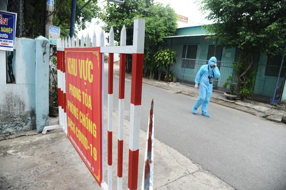 Quảng Nam cách ly người về từ Hải Dương - Quảng Ninh, Hà Tĩnh truy vết F2 - Ảnh 1.