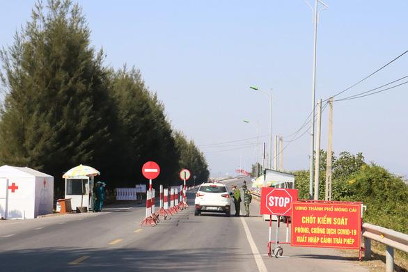 Quảng Ninh lập các tổ truy vết COVID-19 đến tận thôn, khu phố - Ảnh 2.
