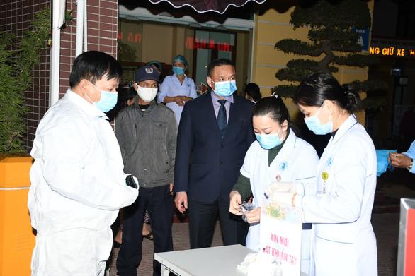 Hải Phòng phong tỏa Bệnh viện Trẻ em ngay trong đêm 28-1 - Ảnh 3.