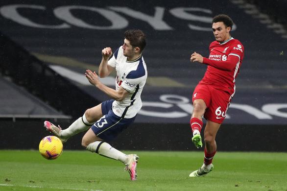 Hojbjerg lập siêu phẩm, Tottenham vẫn thua Liverpool ngay trên sân nhà - Ảnh 4.