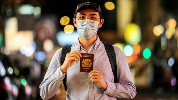 چین گذرنامه های انگلیس صادر شده از هنگ کنگر از 31 ژانویه را قبول نمی کند - عکس 1.