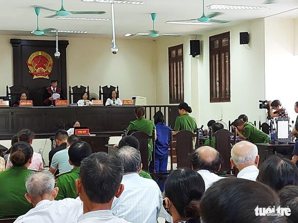 Bị cáo bỏ xyanua vào trà sữa gây chết người xin rút đơn kháng cáo tại tòa - Ảnh 2.