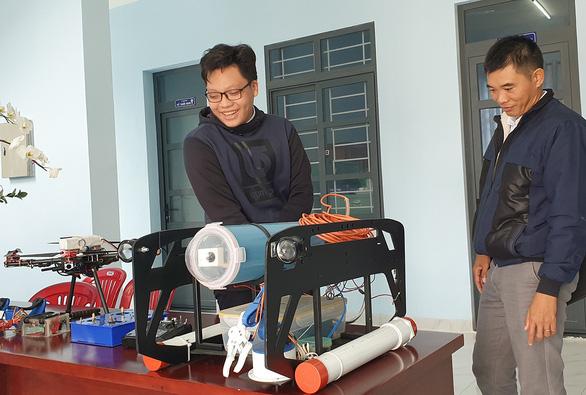 Học sinh làm robot nghiên cứu địa chất thủy văn - Ảnh 1.