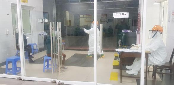 12 ca nhiễm COVID-19 đang điều trị tại Quảng Ninh đều ổn định - Ảnh 1.