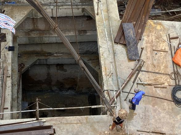 Vụ nhà phố 4 tầng hầm: 3 tháng sau chỉ đạo của Thủ tướng, Hà Nội vẫn không vội được đâu - Ảnh 1.