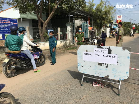 Các tỉnh lập chốt kiểm soát, cách ly tập trung người về từ Hải Dương, Quảng Ninh - Ảnh 4.