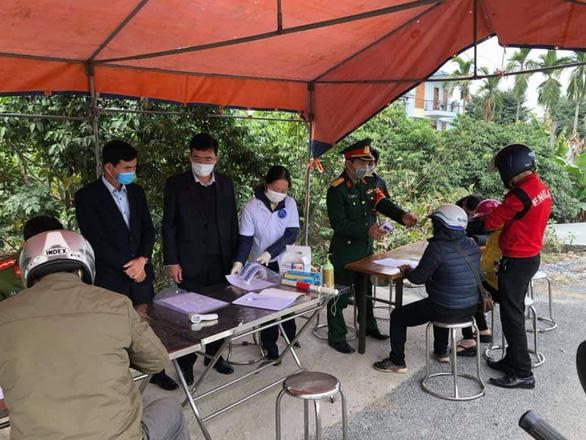 Toàn bộ học sinh Thái Bình nghỉ học, Hải Dương mở rộng phong tỏa - Ảnh 2.