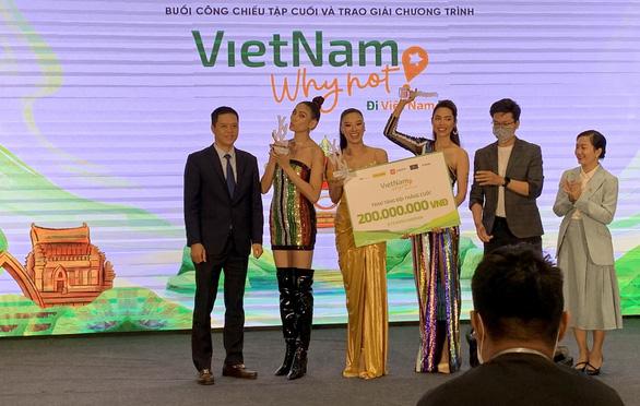 Võ Hoàng Yến, Kim Duyên, Hoàng My chiến thắng Vietnam Why Not mùa đầu tiên - Ảnh 1.