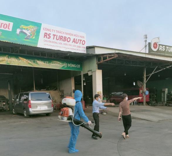 Bình Phước có 2 ca F1 đi chung xe với bệnh nhân COVID-19 ở Phú Giáo, Bình Dương - Ảnh 1.