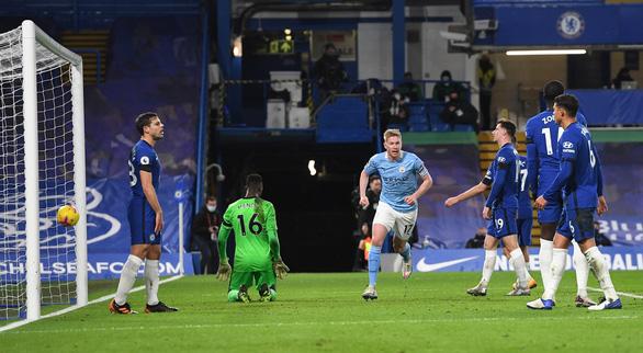 Man City thắng thuyết phục Chelsea tại Stamford Bridge - Ảnh 3.