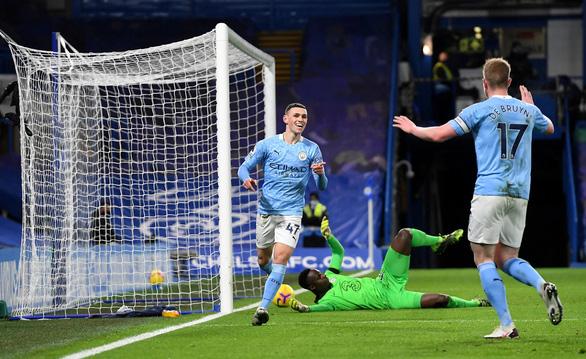 Man City thắng thuyết phục Chelsea tại Stamford Bridge - Ảnh 2.