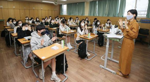 Hàn Quốc chính thức miễn phí giáo dục 3 cấp từ năm 2021 - Ảnh 1.