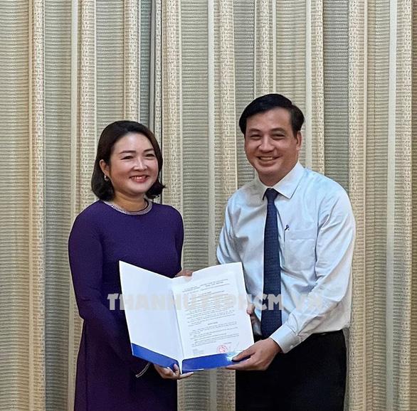 Phó chủ tịch UBND quận 7 làm  phó giám đốc Sở Du lịch TP.HCM - Ảnh 1.