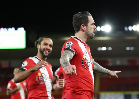 Người cũ Danny Ings tỏa sáng khiến Liverpool gục ngã trước Southampton - Ảnh 3.