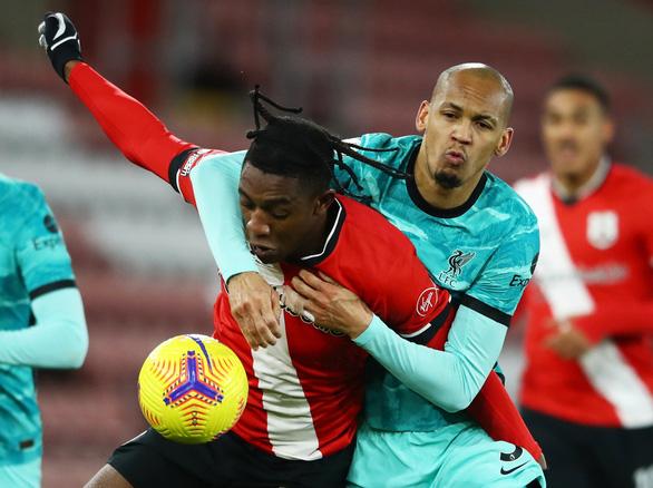 Người cũ Danny Ings tỏa sáng khiến Liverpool gục ngã trước Southampton - Ảnh 1.