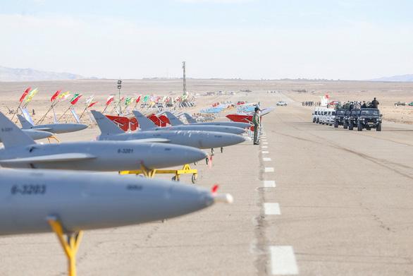2021-01-05t111207z_1643121536_rc2n1l9tr5es_rtrmadp_3_iran-drill-drone