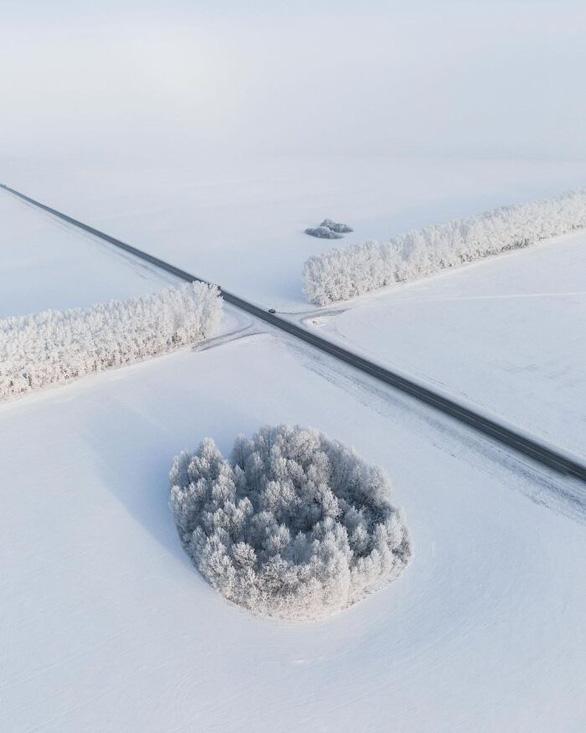 Ngỡ ngàng khung cảnh mùa đông - 45 độ - Ảnh 2.