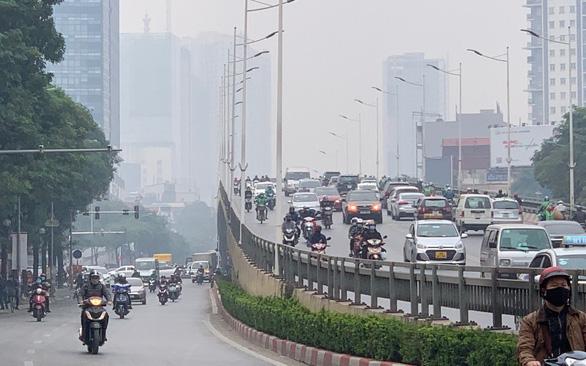 Thủ tướng chỉ thị Hà Nội, TP.HCM thu hồi, loại bỏ xe cũ nát - Ảnh 1.