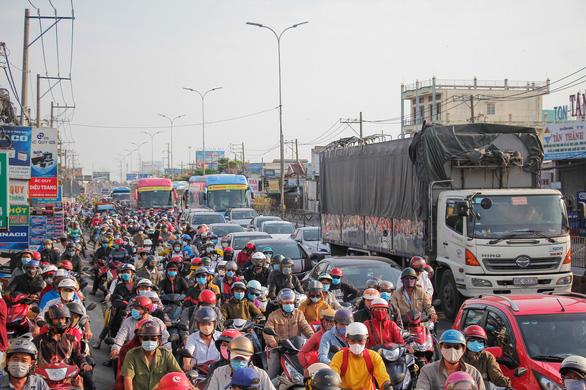 Bảo hiểm bắt buộc xe máy: sắp được giảm thủ tục, tăng quyền lợi - Ảnh 2.