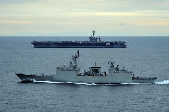 Đòi Iran thả tàu, Hàn Quốc điều gấp tàu chiến áp sát eo biển Hormuz - Ảnh 1.